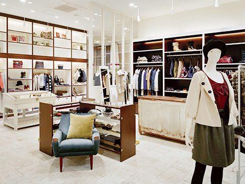 総合ファッションサービスグループ、ワールドグループのレディースブランド、「Rubyrivet(ルビーリベット)」の店舗デザイン、内装、VMD