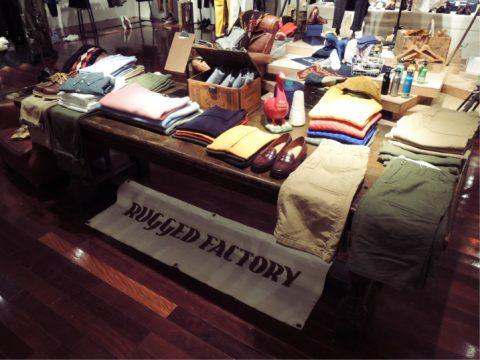 総合ファッションサービスグループ、ワールドグループのファッションブランド「RUGGED FACTORY(ラギッドファクトリー)」の展示会、VMD、ディスプレイ画像