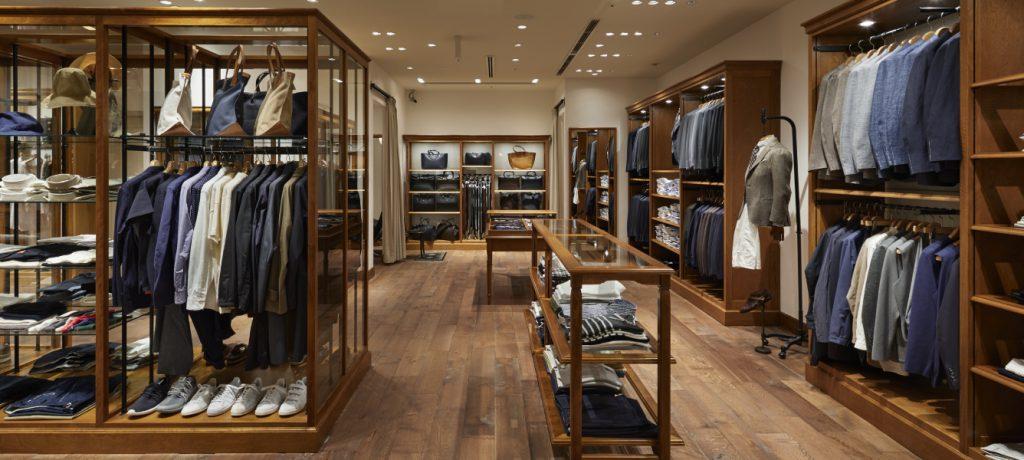 アパレルの店舗デザイン内装プロデュース事例|ワールドグループのDRESSTERIOR(ドレステリア)GINZA SIX店の店舗画像